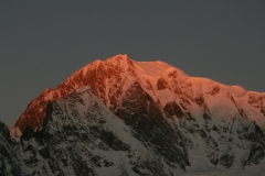Mountain-Planet-Monte-Bianco