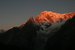 Mountain-Planet-alba-Monte-Bianco