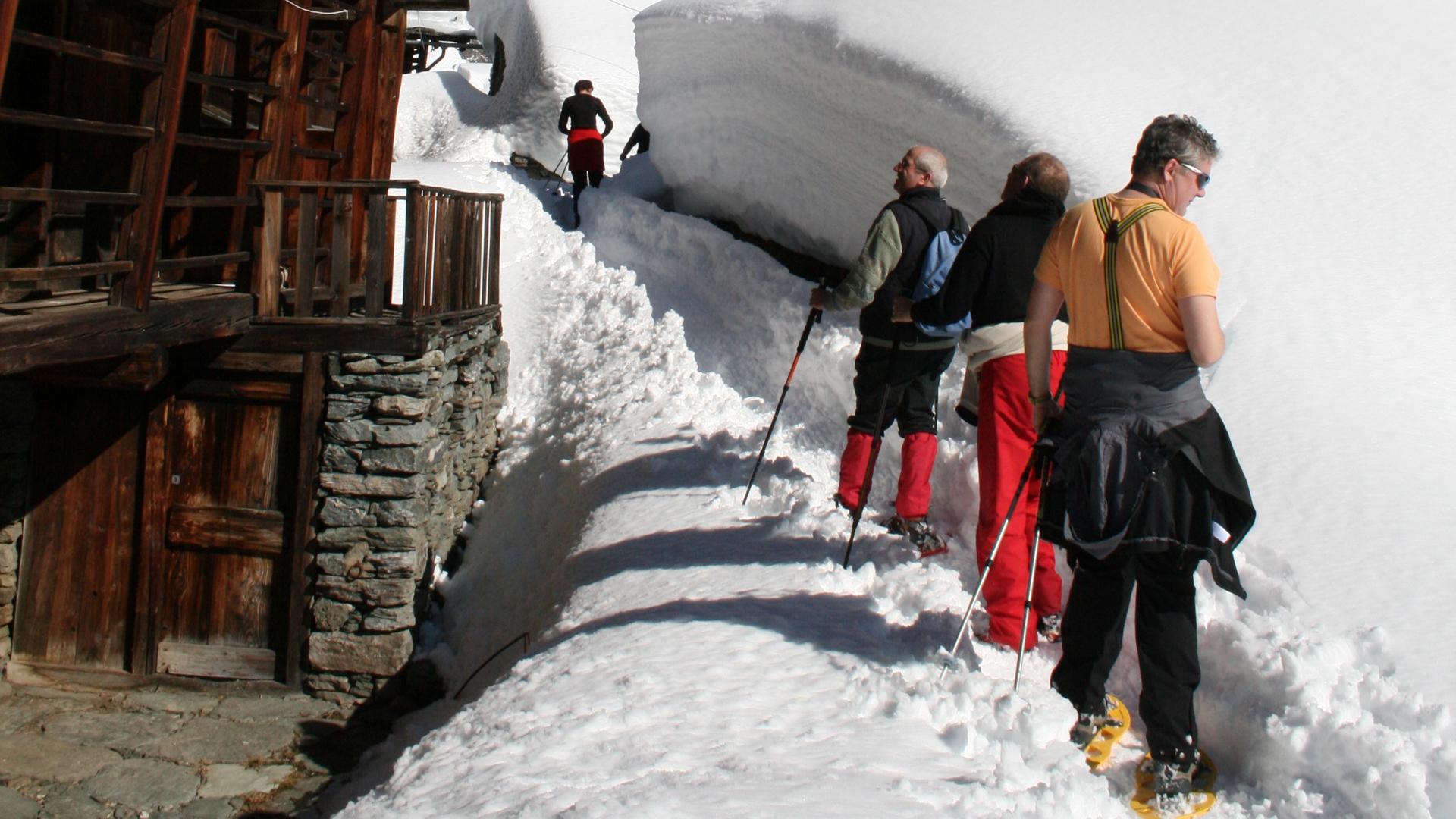Mountain-planet-ciaspolate-racchette-da-neve-valsesia